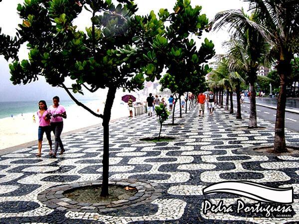 Passeios ou Calçadas de Pedra Portuguesa