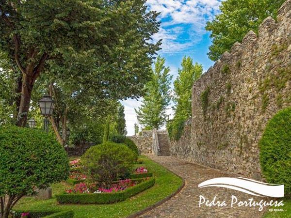 Muro de Pedra Madeira