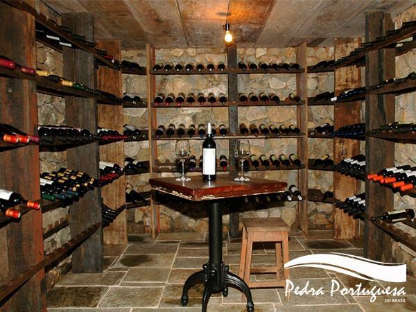 Pedra São Tome para Adega de Vinho