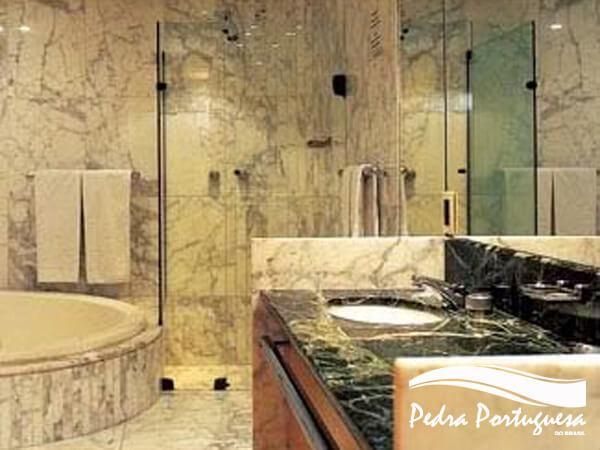 Banheiro de Granito Exótico
