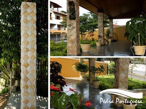Colunas Pedra Madeira Amarela e Branca