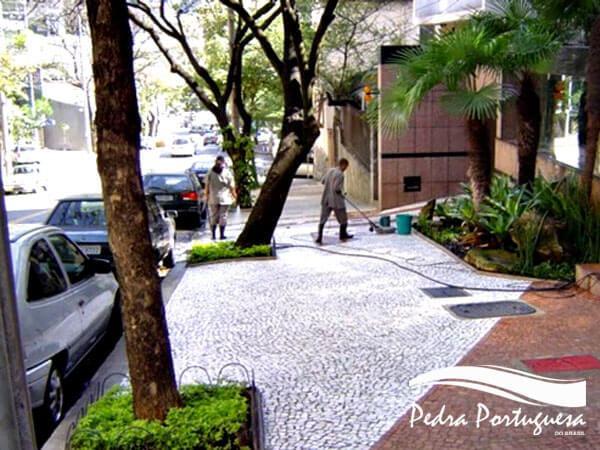 Passeio de Pedra Portuguesa BH