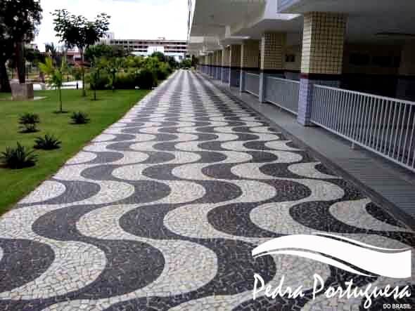 Pedra Portuguesa Paginada
